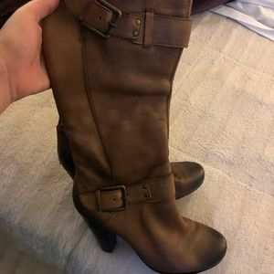Brown distressed tall boots!
